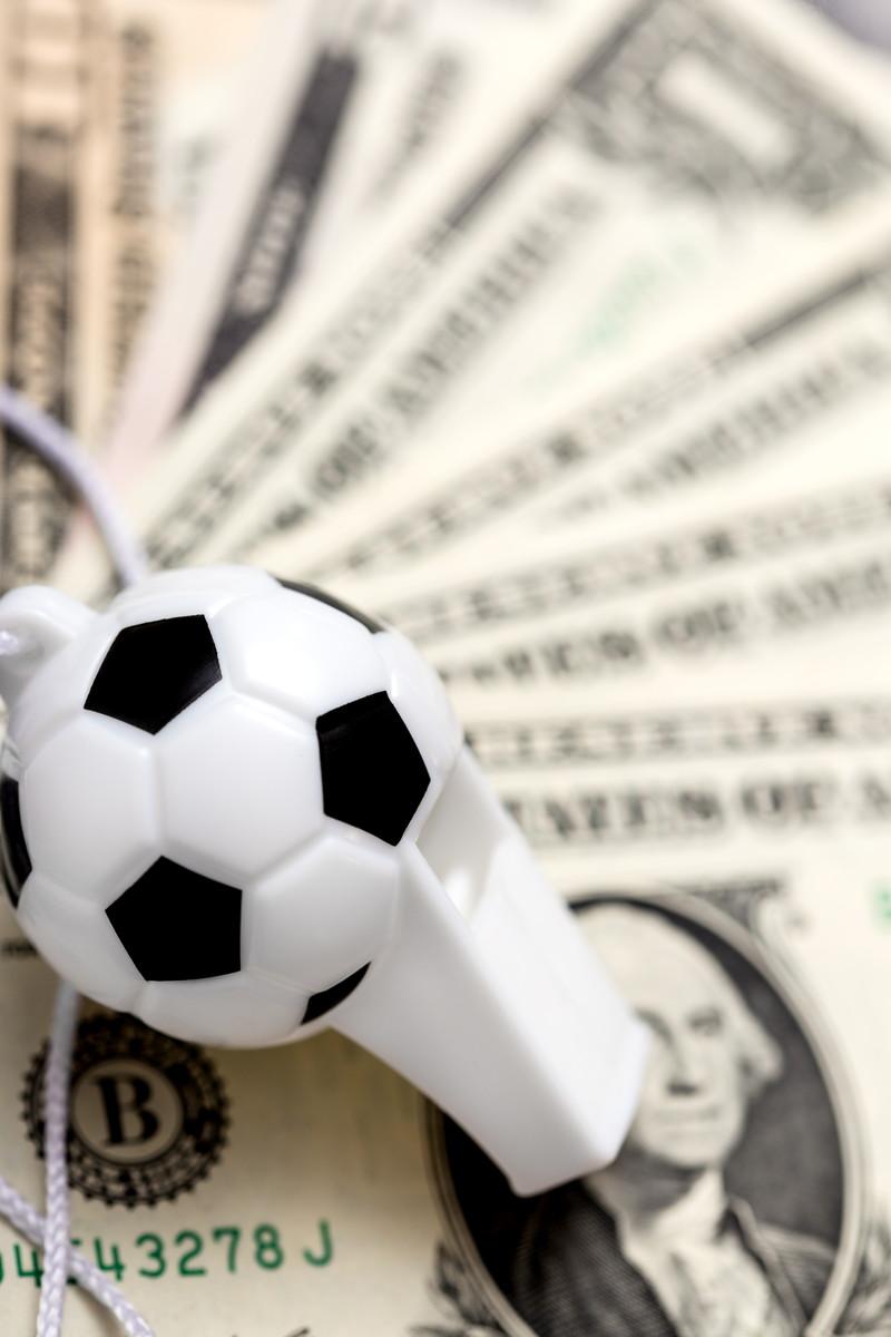 サッカーでアンバー投資